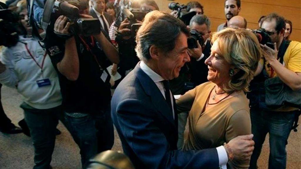 La Comunidad de Madrid encuentra 200 contratos con la clausula que financiaba 'en b' las campañas de Esperanza Aguirre
