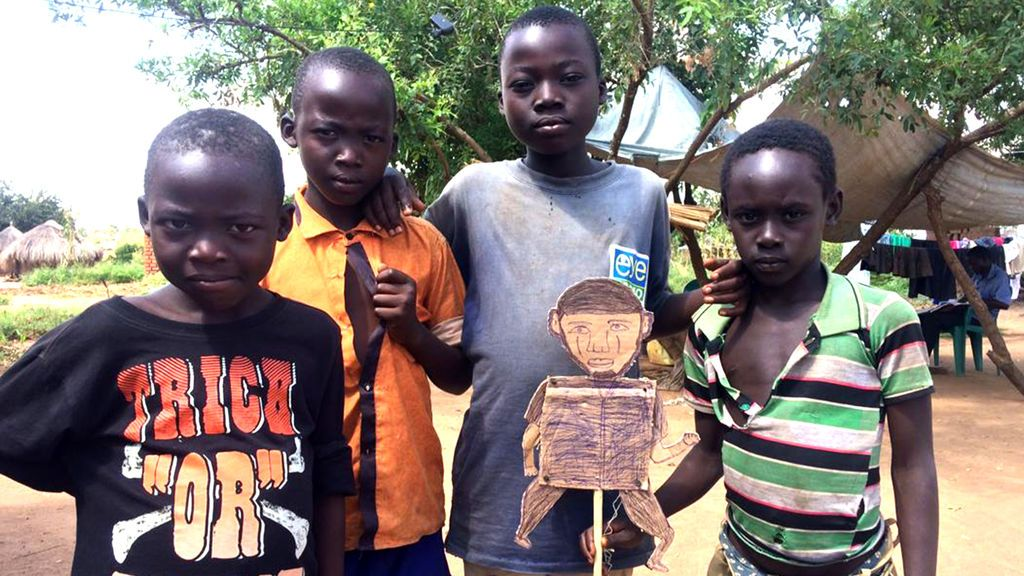 niños muñeco carton