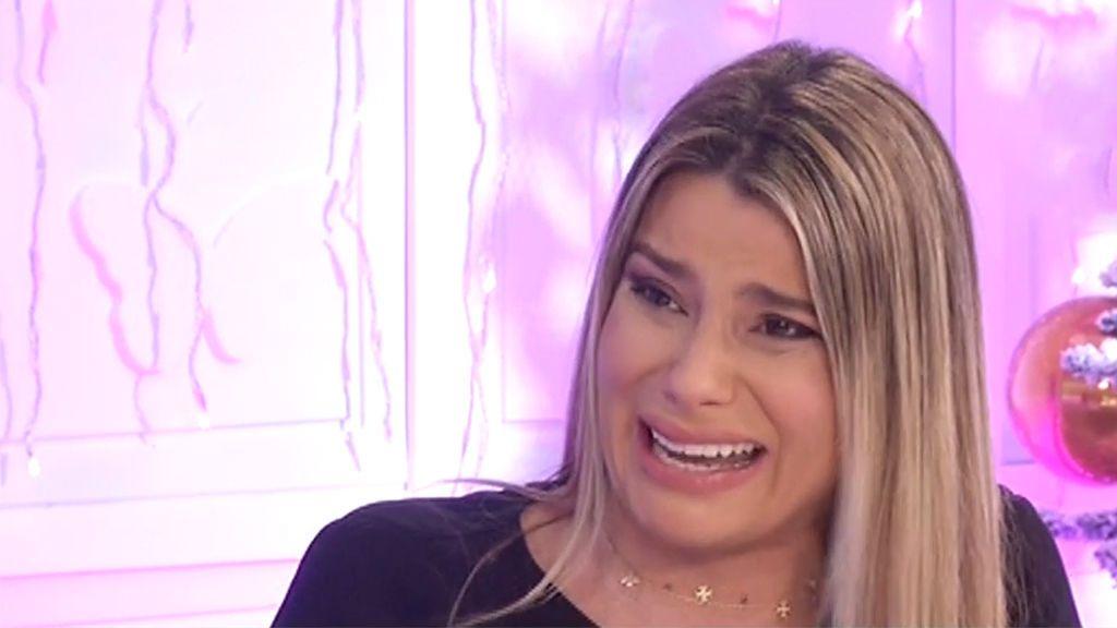 María Lapiedra, destrozada