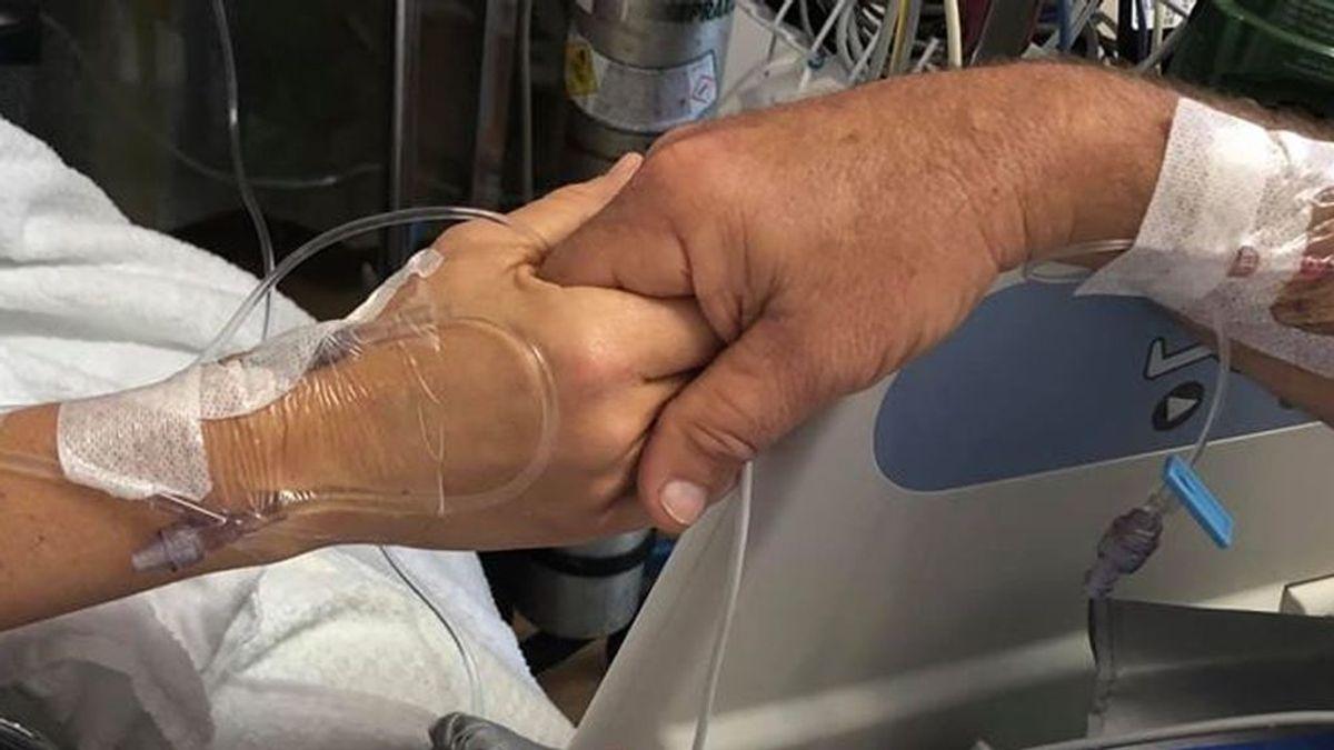 Padre e hija se encuentran después de que ella le salvara la vida donándole parte del hígado