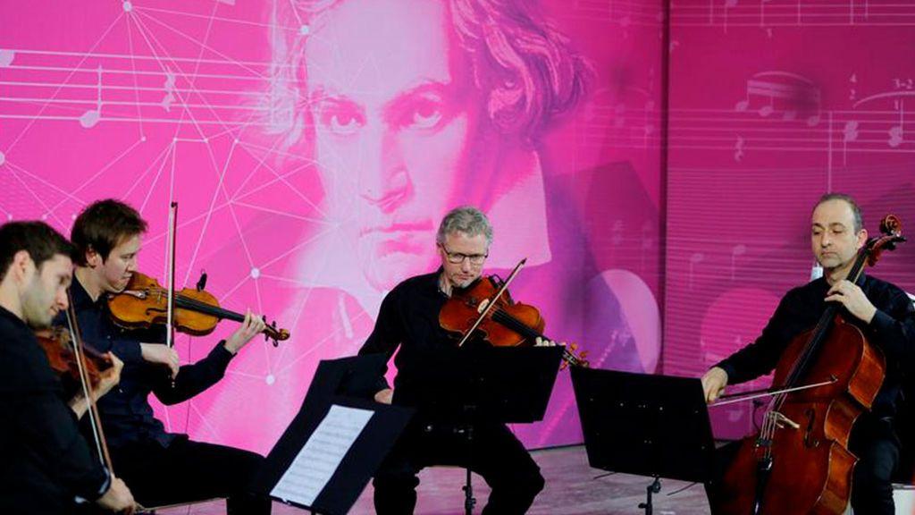 Musicólogos y programadores recurren a la Inteligencia Artificial para terminar la Décima Sinfonía de Ludwig van Beethoven