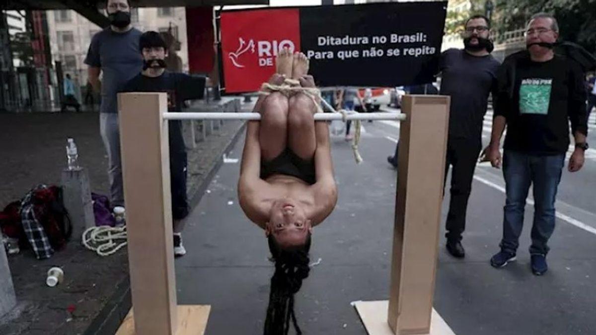"""Bolsonaro sugiere torturar a los acusados de corrupción del Gobierno: """"Cuelgo al ministro del palo del guacamayo"""""""