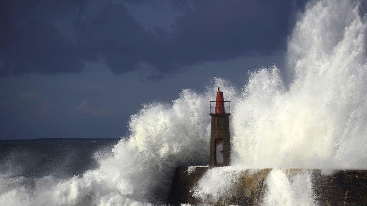 Más 30 provincias en riesgo por rachas de más de 100 km/hora y mala mar