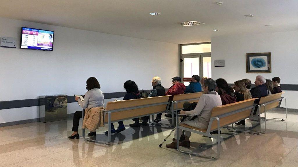 Dos semanas, como mínimo, para conseguir cita con el médico de cabecera en Cataluña