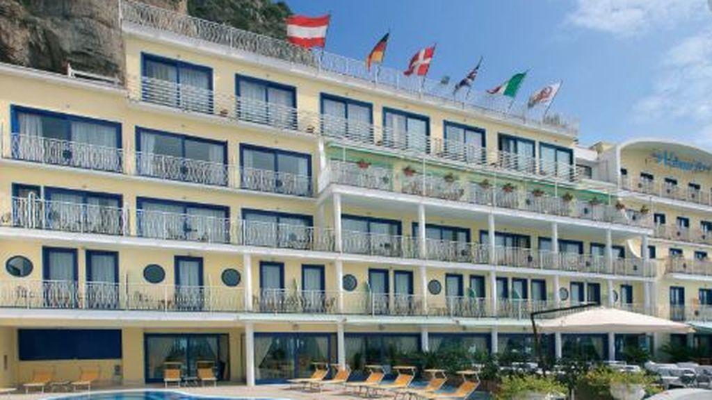 La Manada italiana: condenados 5 empleados de un hotel por violar y grabar a una clienta