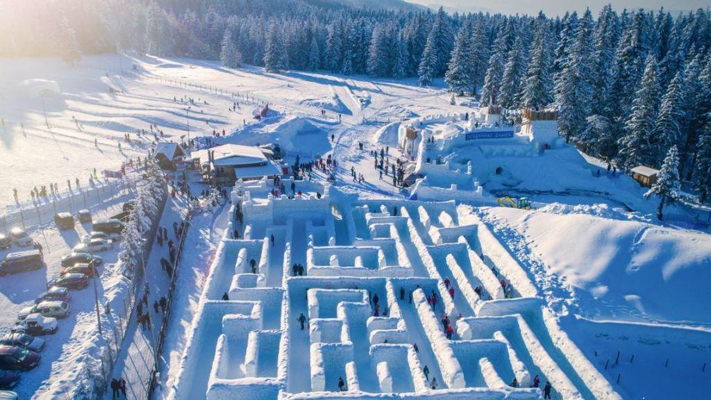 Perderse en la nieve, literalmente: el laberinto invernal más grande del mundo