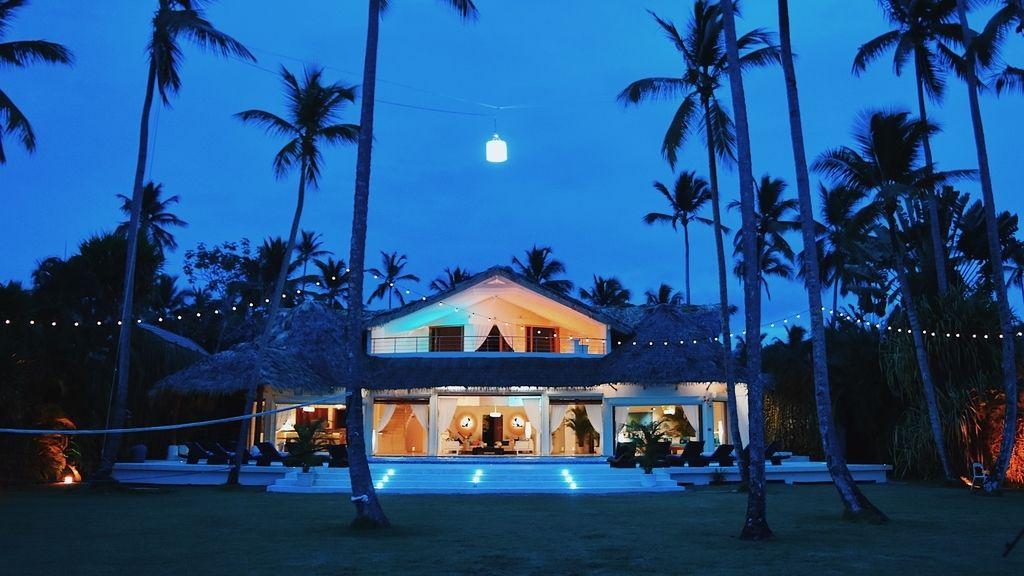 Fachada de Villa Playa