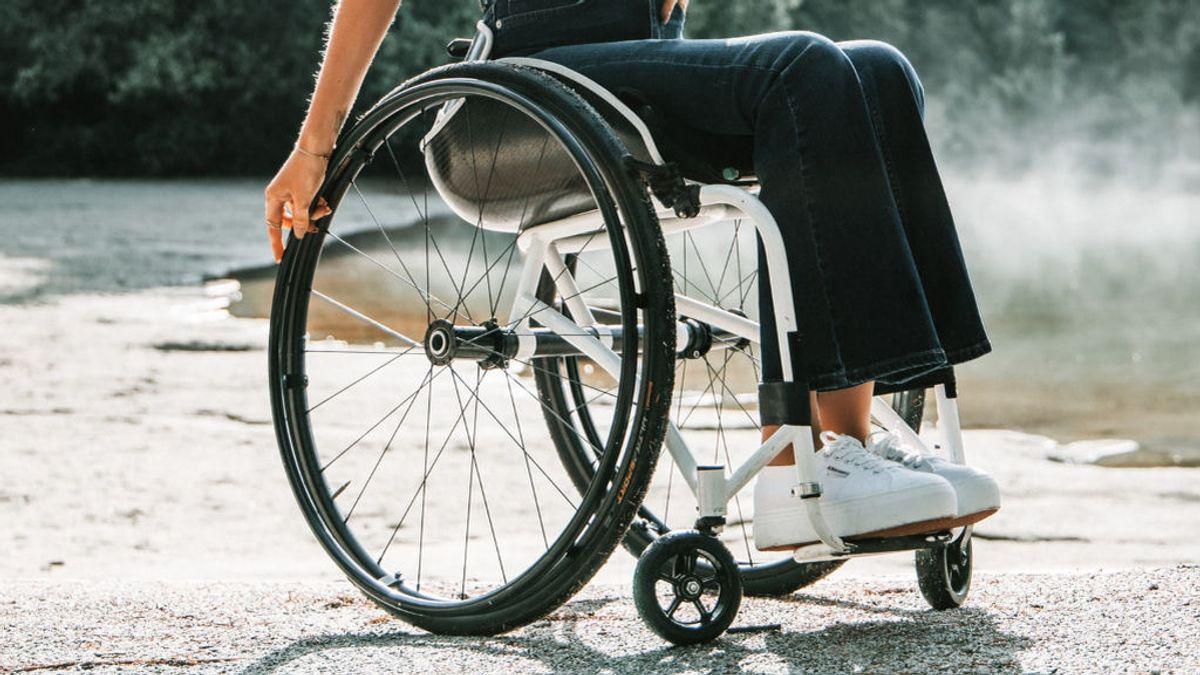Alicia tiene 20 años y va en silla de ruedas: 5 cosas que no deberías decir a alguien con una discapacidad física