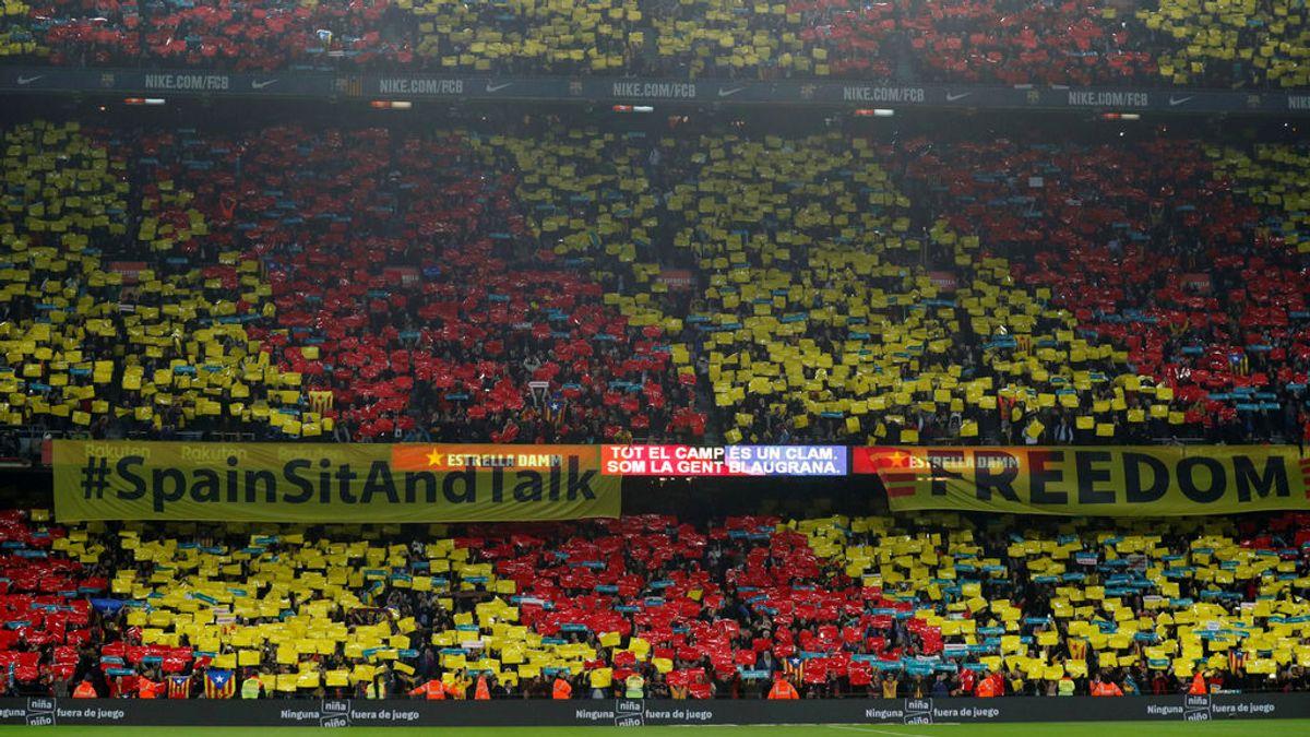 El Camp Nou se pronuncia antes del Clásico: cánticos y pancartas de 'Tsunami Democràtic'