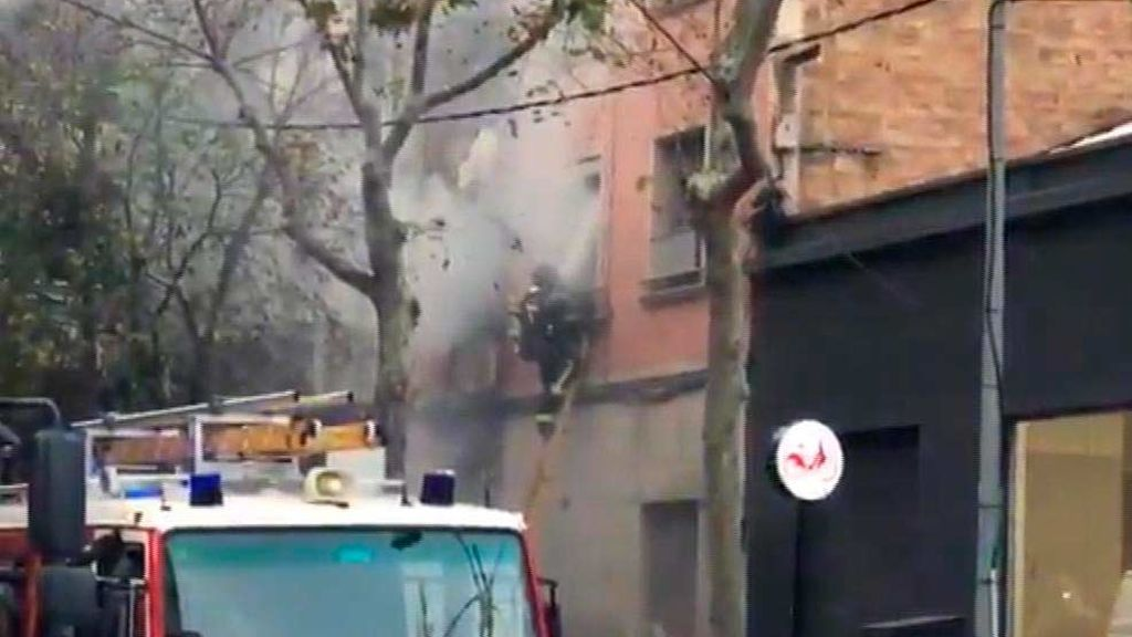 Se incendia un edificio junto a la Sagrada Familia