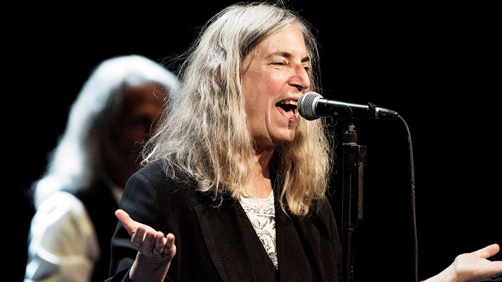 La cantante estadounidense Patti Smith, distinguida con la Medalla de Oro de las Bellas Artes
