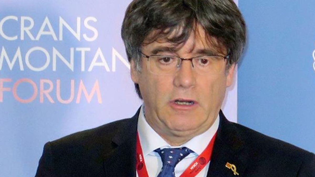 Puigdemont y Comin inician los trámites para ser reconocidos eurodiputados