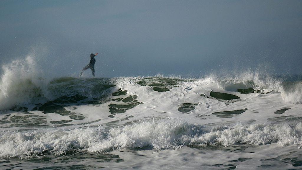 Volando sobre la ola