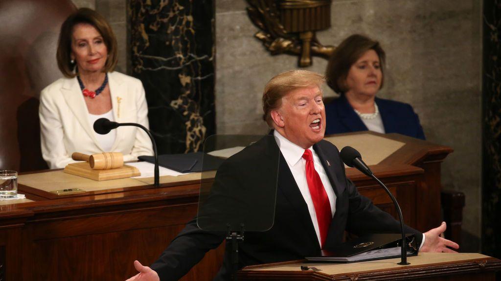 Pelosi y Trump defienden en las redes sociales su posición sobre el impeachment