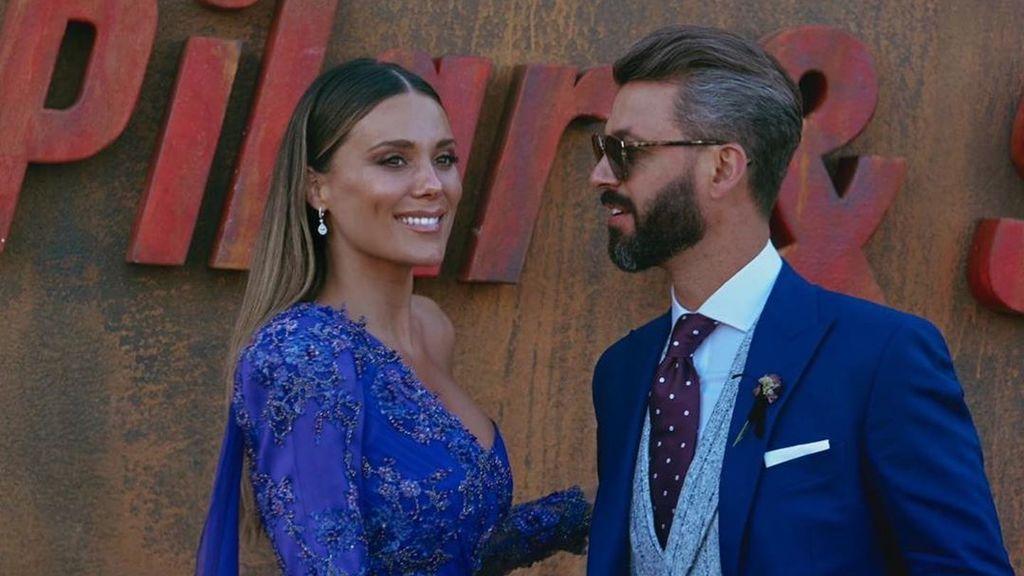"""El primer posado navideño de Lorena Gómez y René Ramos: """"Lo que viene en camino"""""""