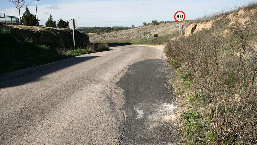Asfalto carretera en mal estado