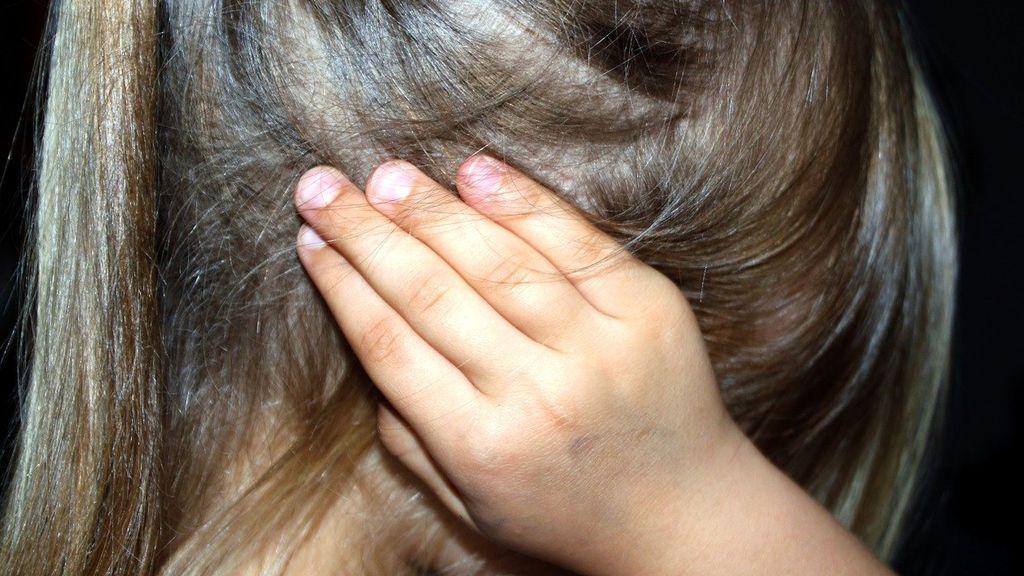 Una familia, acusada de abusar sexualmente de 3 hermanos menores durante años en rituales