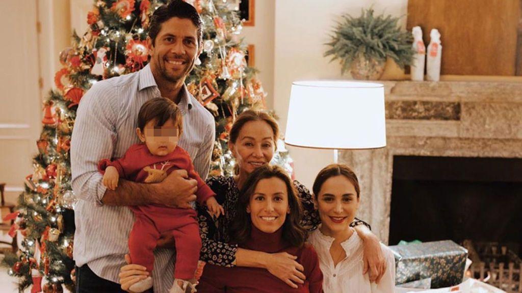 Fernando Verdasco y Ana Boyer bautizan a su hijo Miguel