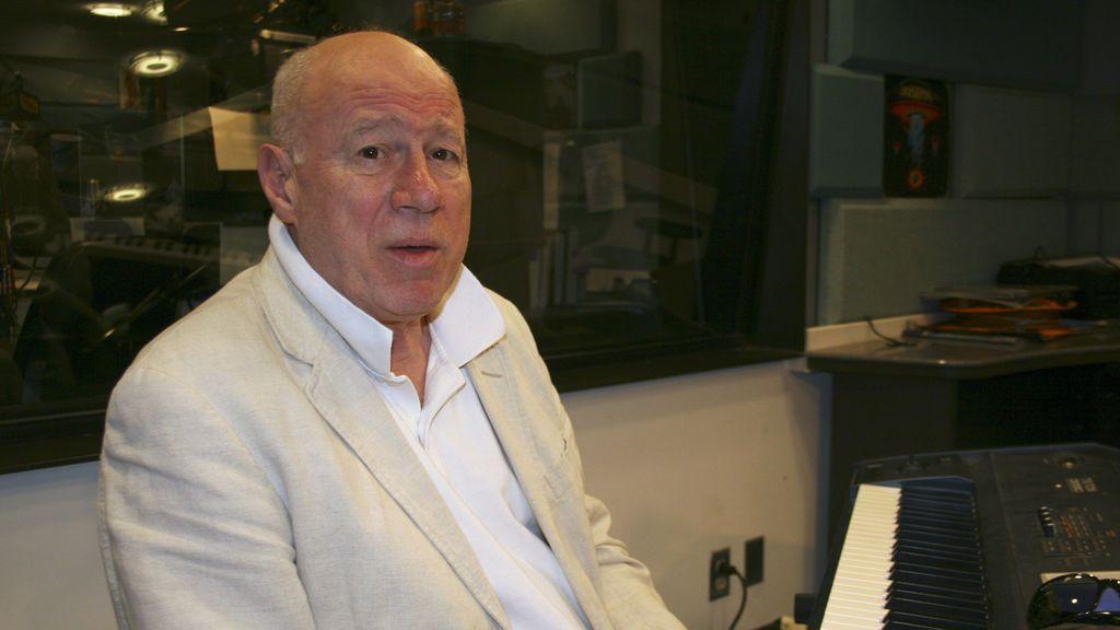Muere a los 75 años Neil Innes, el compositor cómico de 'Monty Python' y estrella de 'The Rutles'