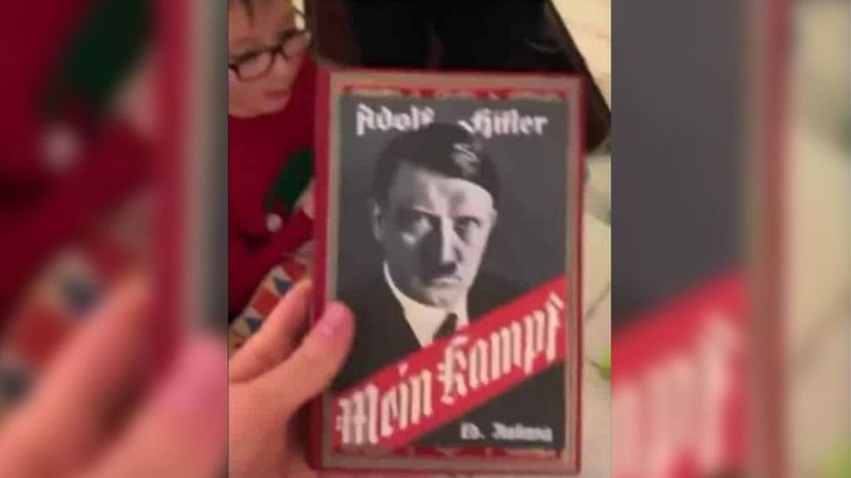 La falsa noticia de un abuelo que regaló a su nieto el 'Mein Kampf' de Hitler al confundirlo con el 'Minecraft'