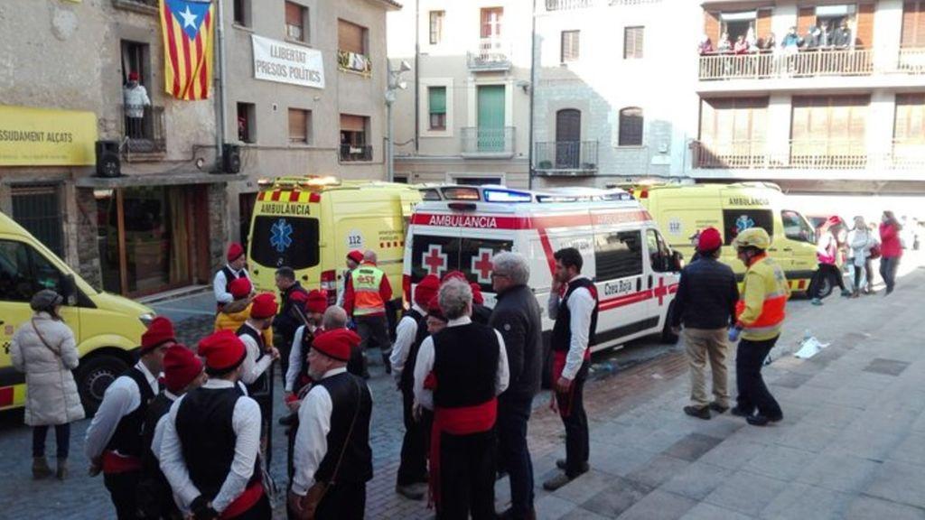 Catorce heridos en una explosión en las fiestas de Centelles, Barcelona