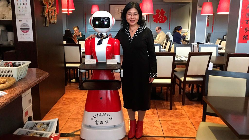 Camarera robot