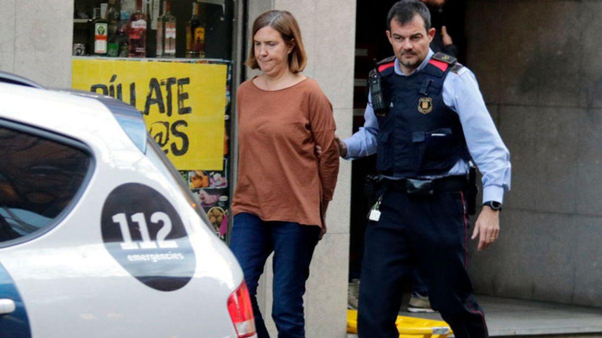 """Un periodista publica que la parricida de Girona le avisó del crimen: """"No podía yo sola, sin su padre"""""""
