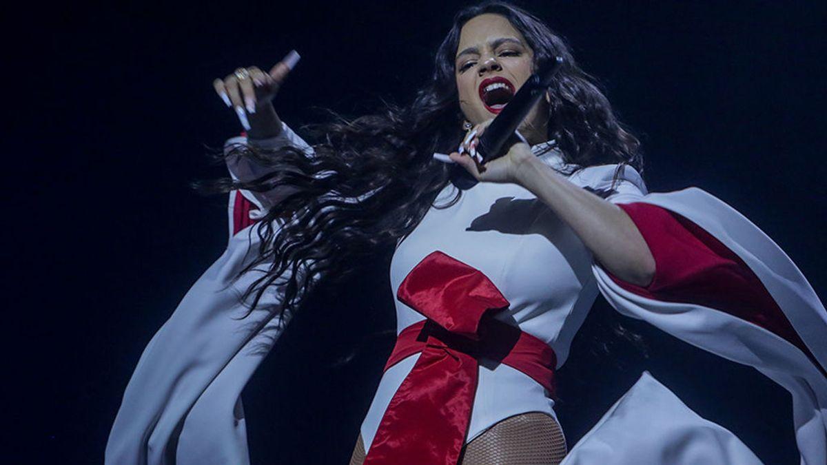 Rosalía cantó villancicos (y lo mostró en redes) para celebrar el fin de año