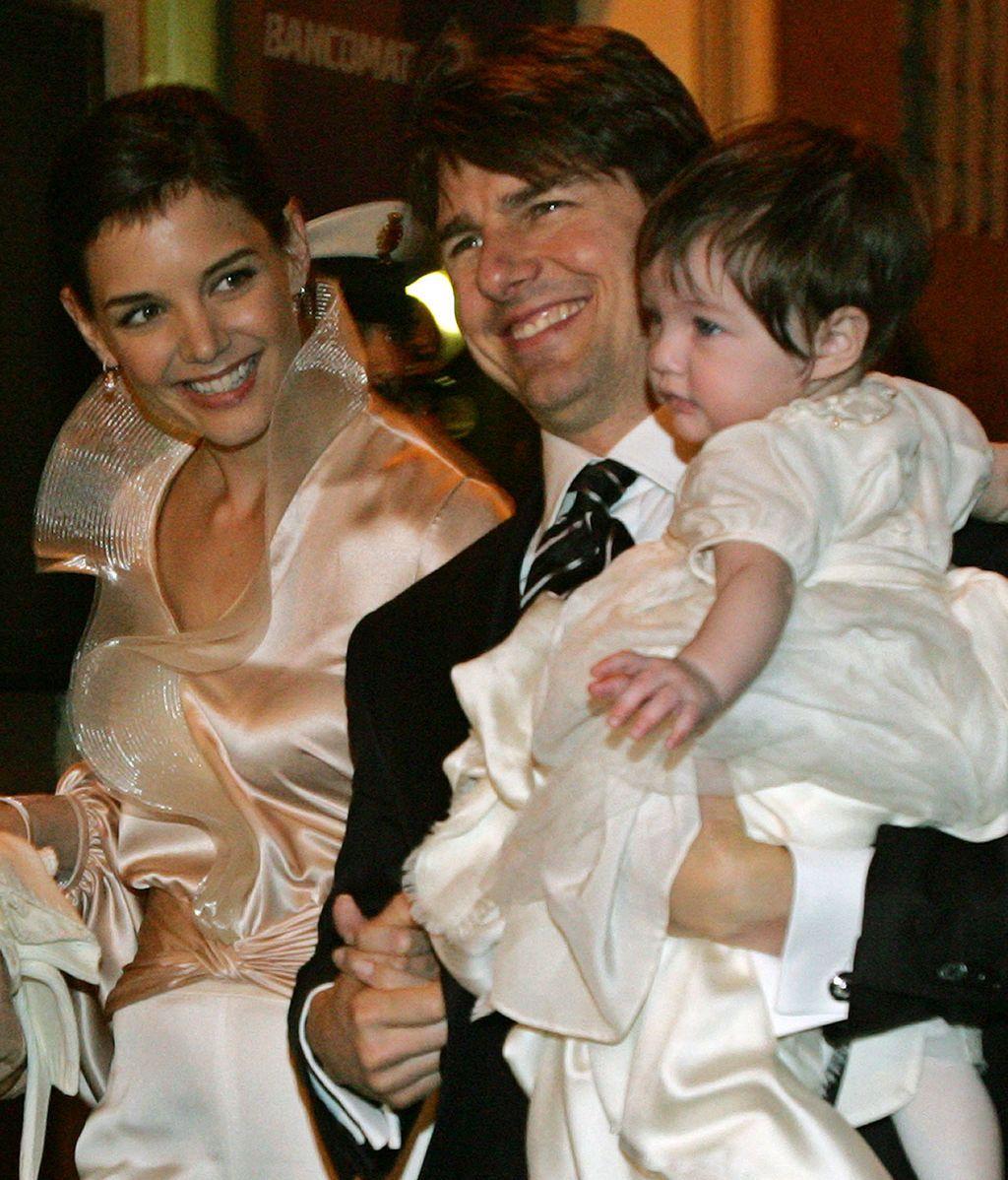 Tom Cruise, Katie Holmes y Suri en 2006