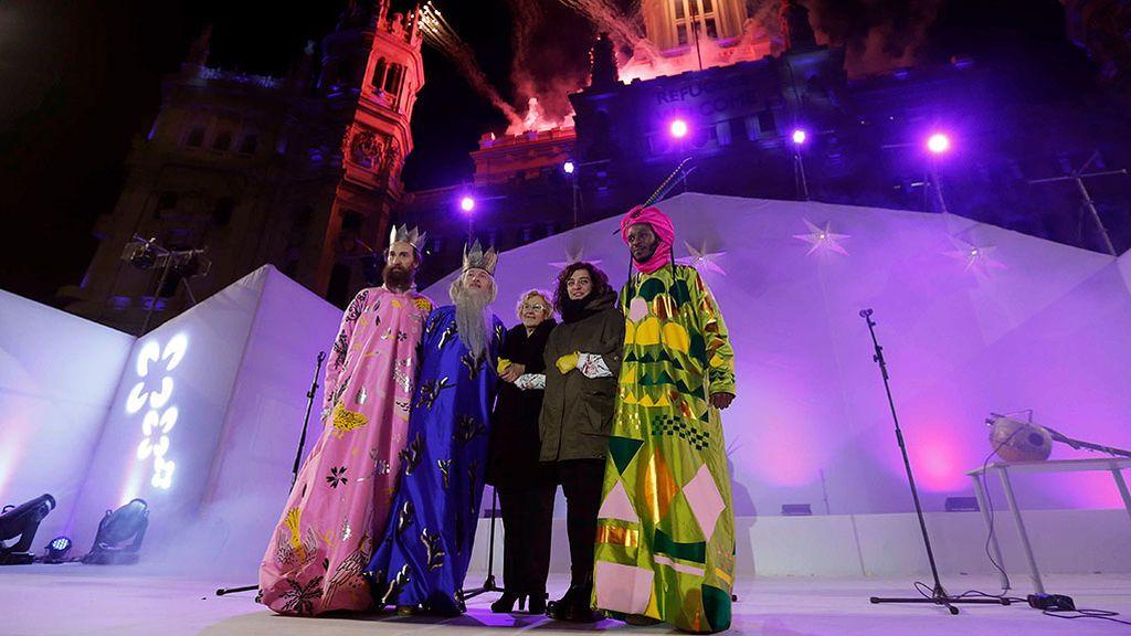 """Almeida avanza que los Reyes Magos """"no irán en cortinas de baño"""" esta cabalgata"""
