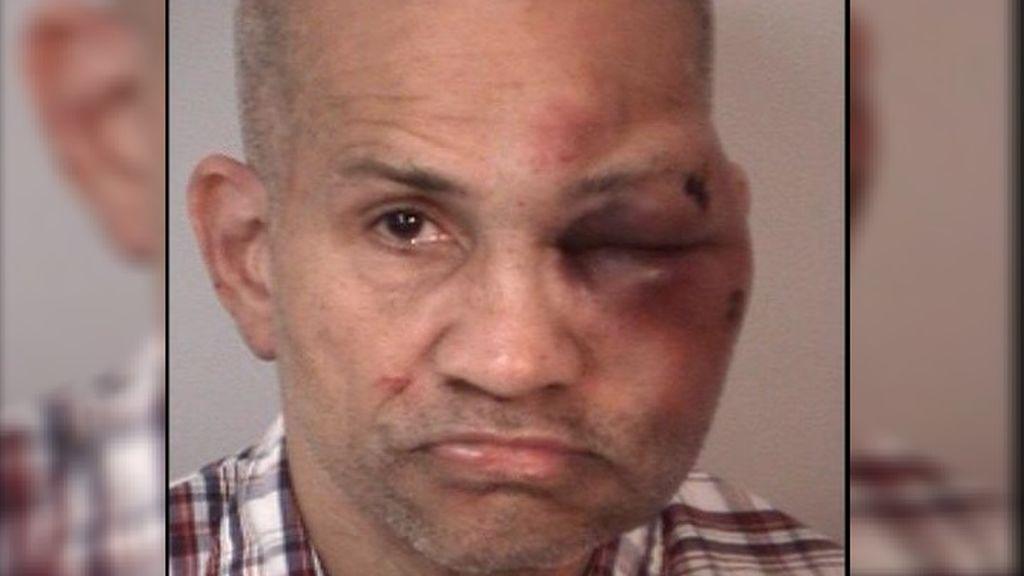 Un padre se encuentra a un familiar intentando abusar de sus hijos de 2 y 3 años: le desfiguró el rostro a golpes