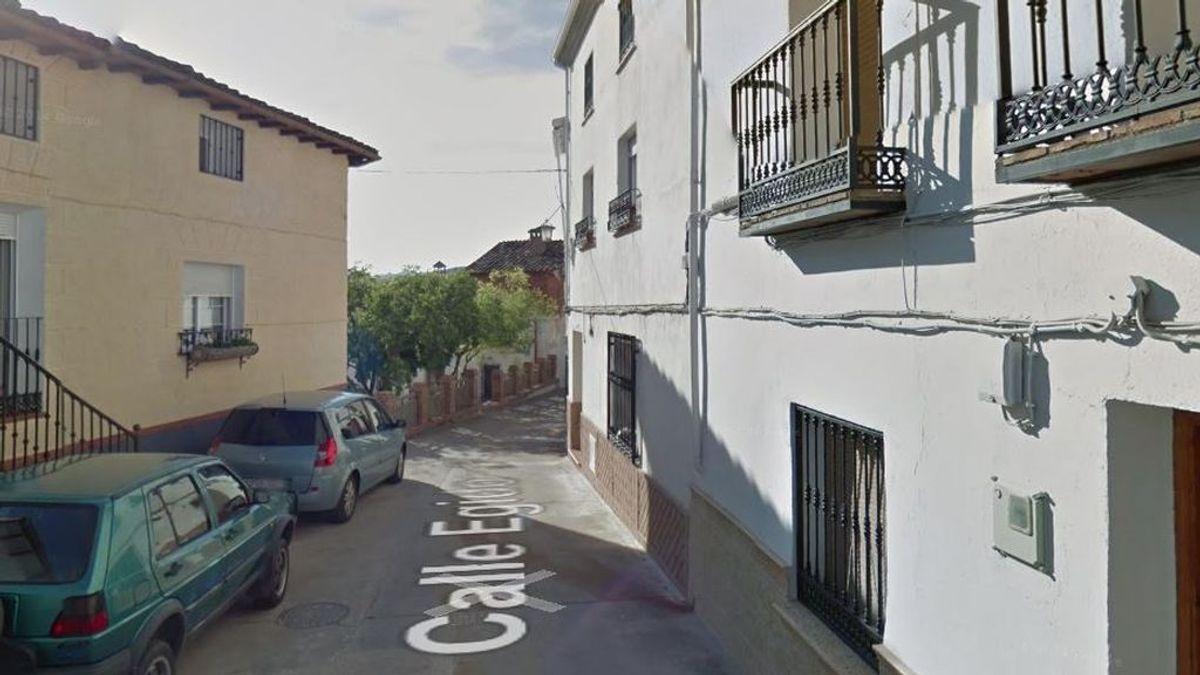 Investigan el hallazgo, en plena calle, del cadáver de una mujer de un municipio de Jaén