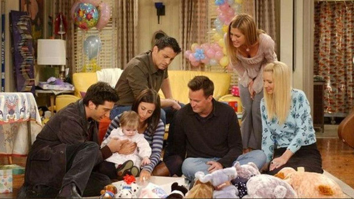 La actriz que hizo de hija de Ross y Rachel en 'Friends' bromea sobre su siesta en la mítica serie para celebrar 2020