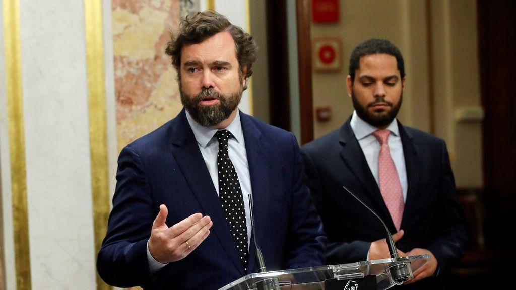 """Vox llama a Sánchez """"meme, neomarxista, mentiroso y mal actor"""""""