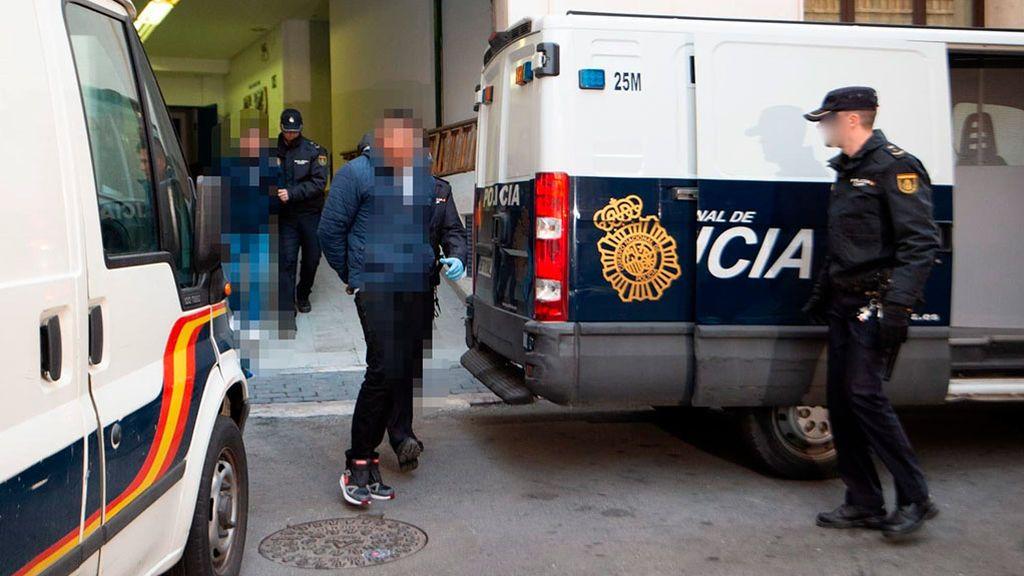 Pasan a disposición judicial los tres hombres acusados de violar a tres jóvenes en Murcia