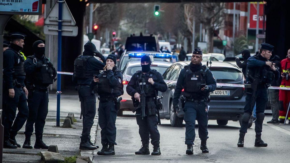 Investigan como atentado terrorista el ataque del viernes a las afueras de París