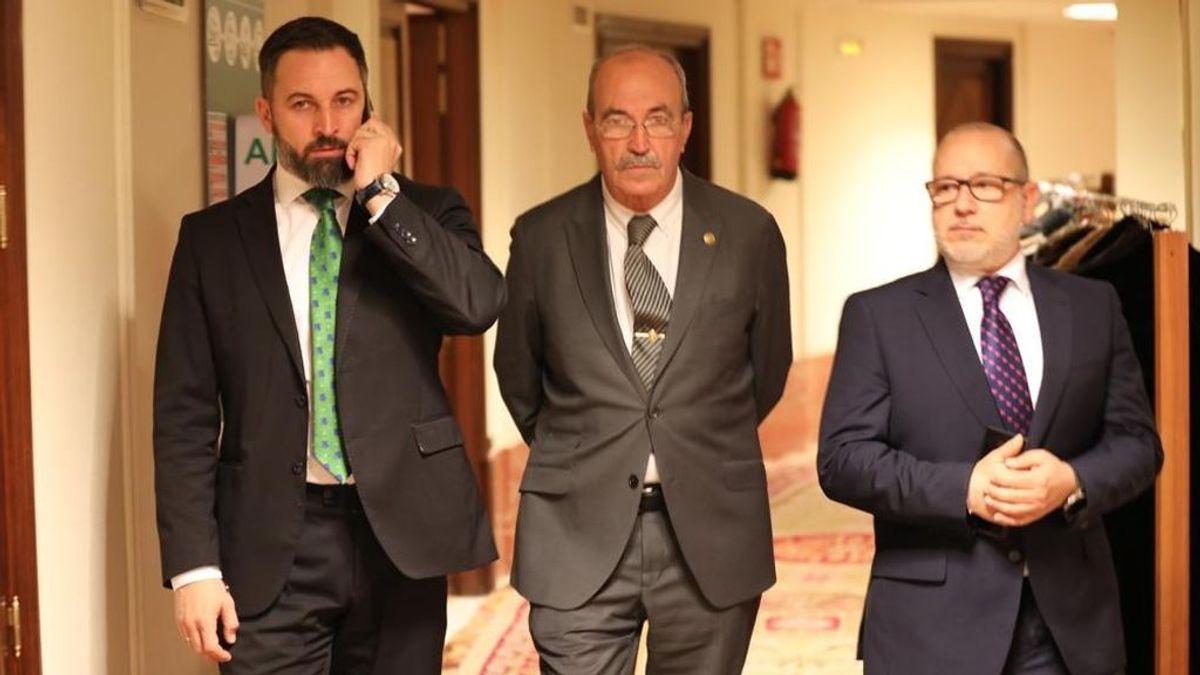 """""""ETA en la tribuna del Congreso"""": Abascal abandona el debate de investidura durante la intervención de EH Bildu"""
