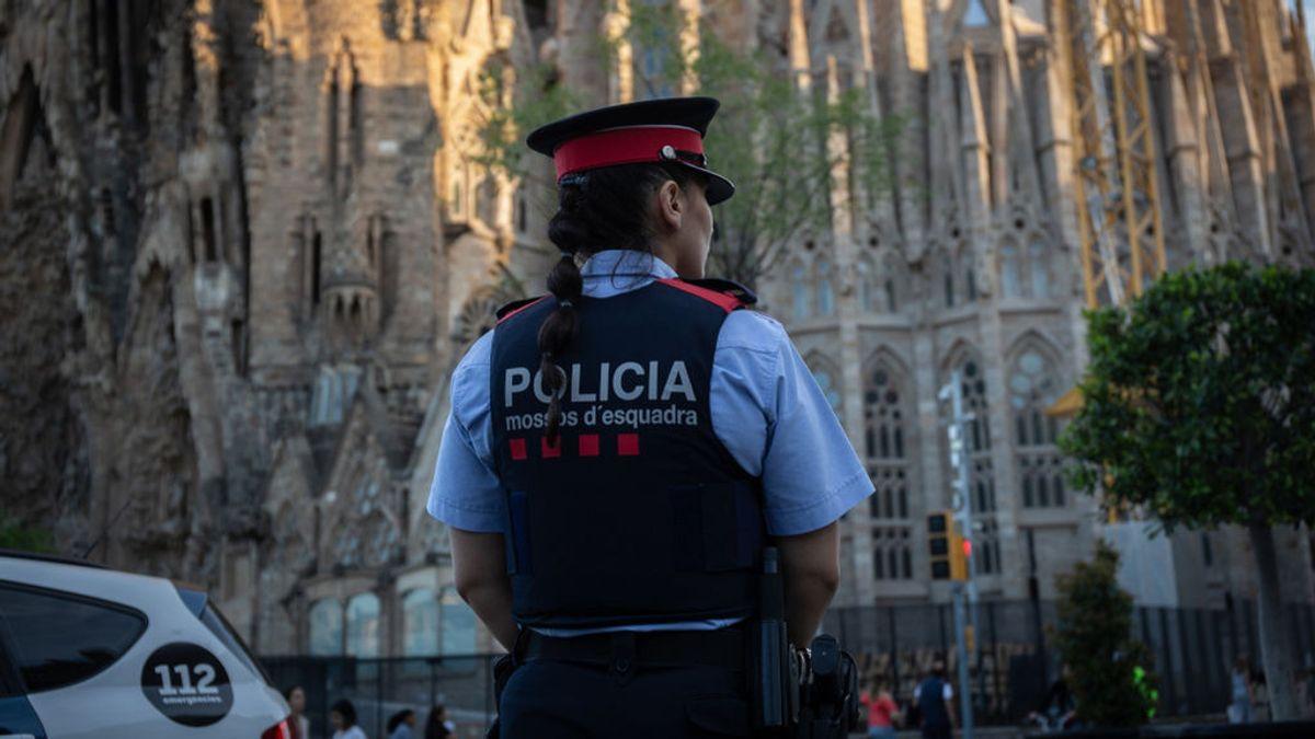 Los Mossos investigan el apuñalamiento de cuatro personas en Barcelona