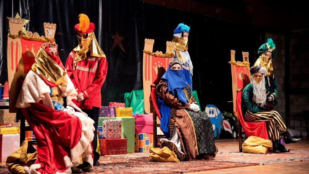 Un momento de la Cabalgata de Reyes que ha tenido lugar esta tarde en la localidad ilerdense de Belianes