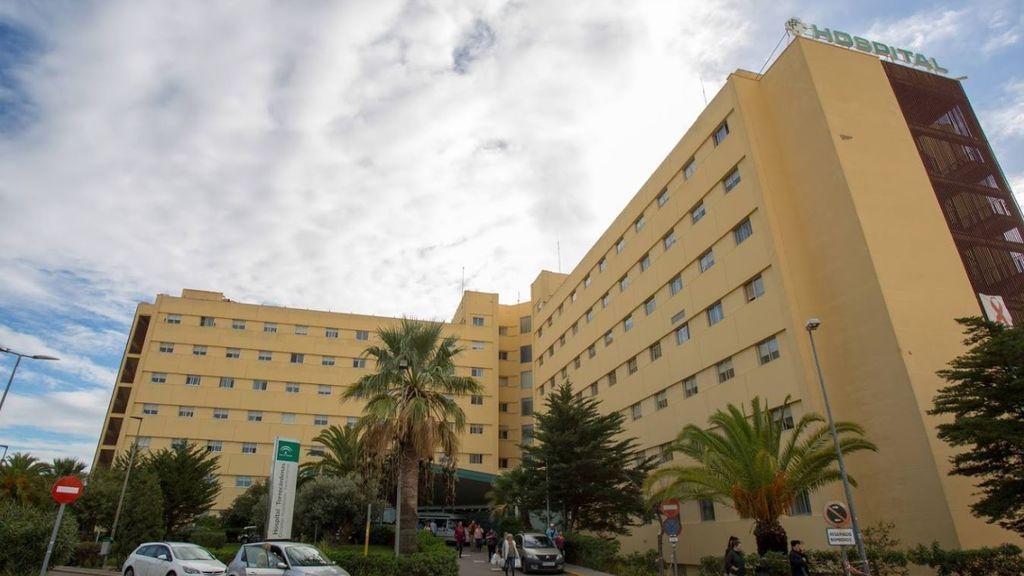 Pasa a planta tras cinco días en la UCI María Jesús, la joven que evitó ser violada en Almería