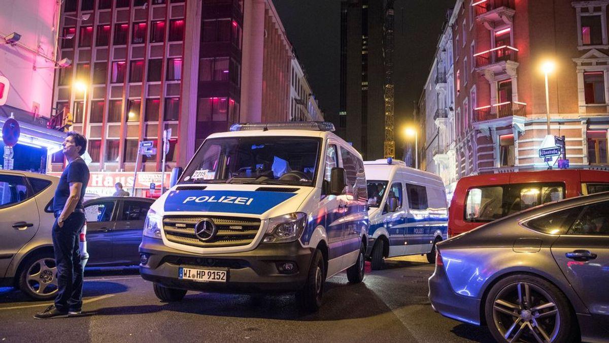 La policía alemana mata a un hombre armado con un cuchillo frente a una comisaría