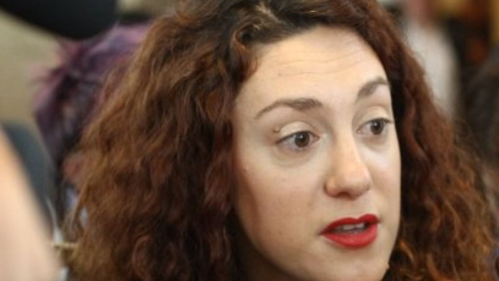 Aina Vidal, la dipurada de En Comú Podem que no acudió a votar tiene cáncer