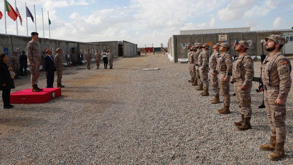 España traslada a 10 militares españoles a Kuwait por la creciente tensión en Irak