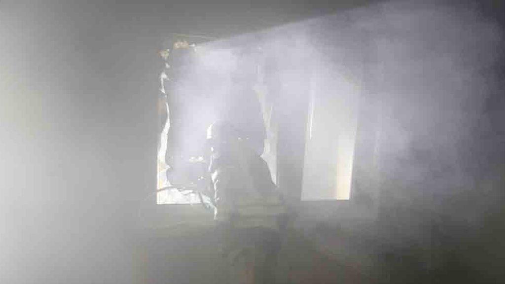 Un hombre muere y su madre resulta herida grave en el incendio de su casa en Murcia