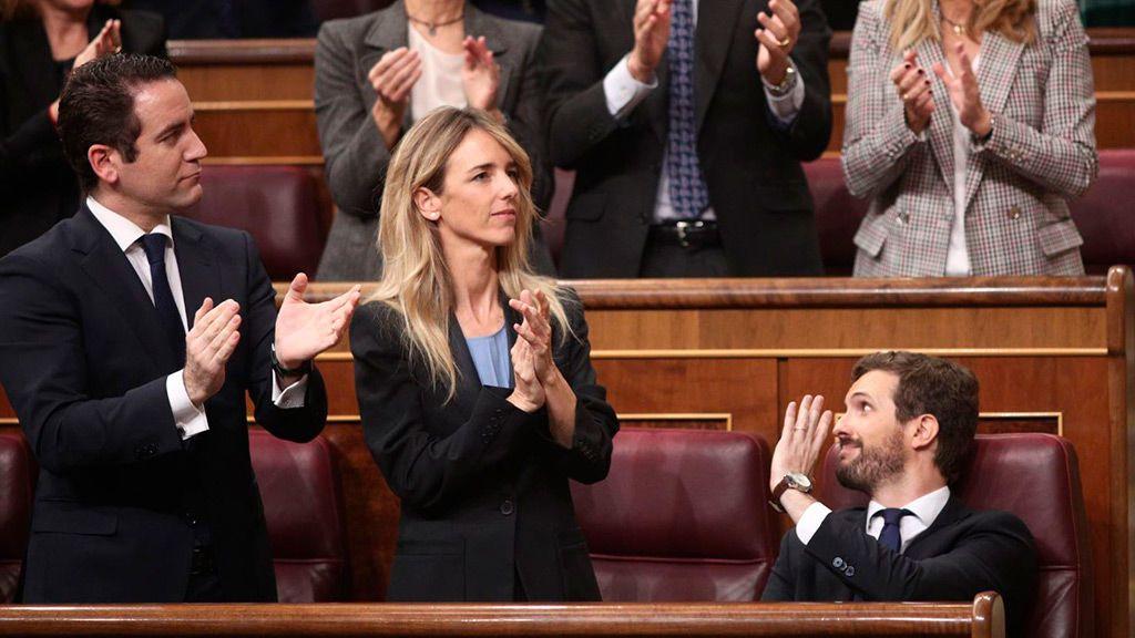 """Casado se propone captar a los """"socialistas avergonzados"""" con Sánchez"""