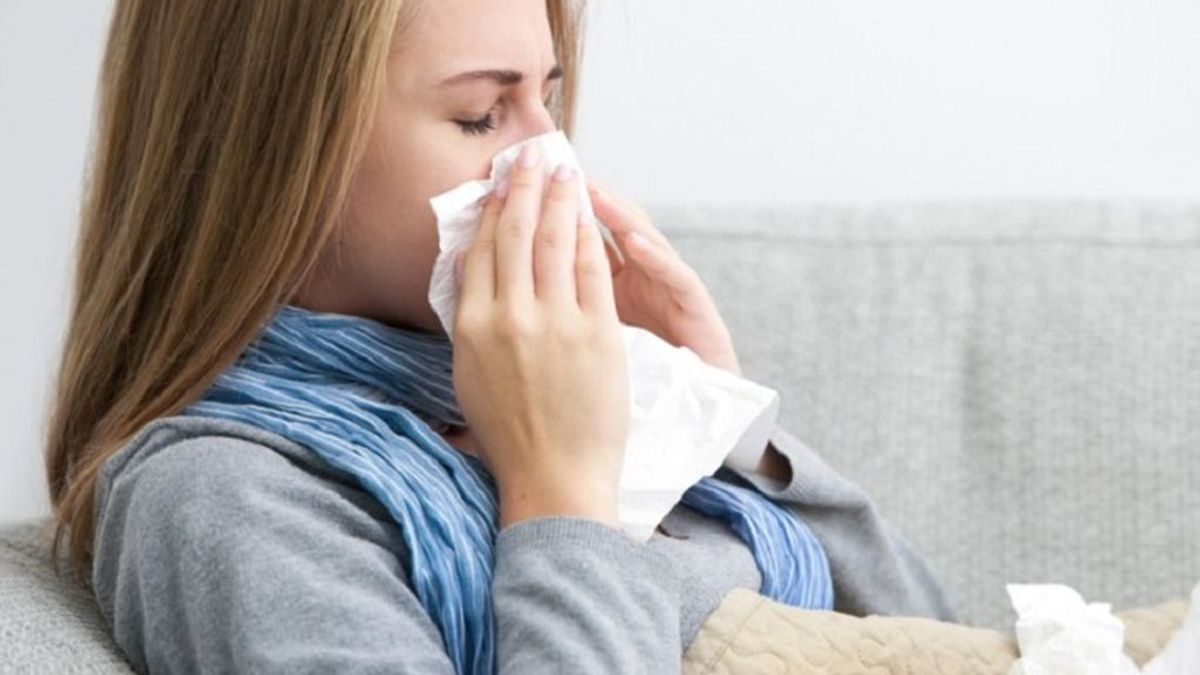Es época de gripe y resfriados: En qué se diferencian y cómo se pueden combatir