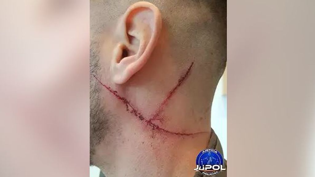Es detenido por rajarle el cuello a un GEO durante una discusión en Alcorcón