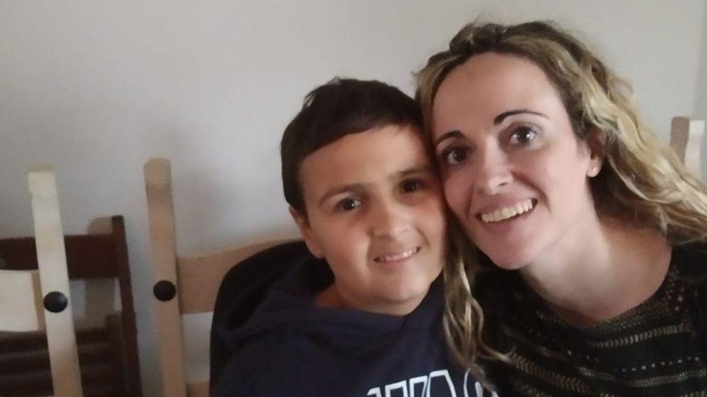Pablo con su madre Alicia