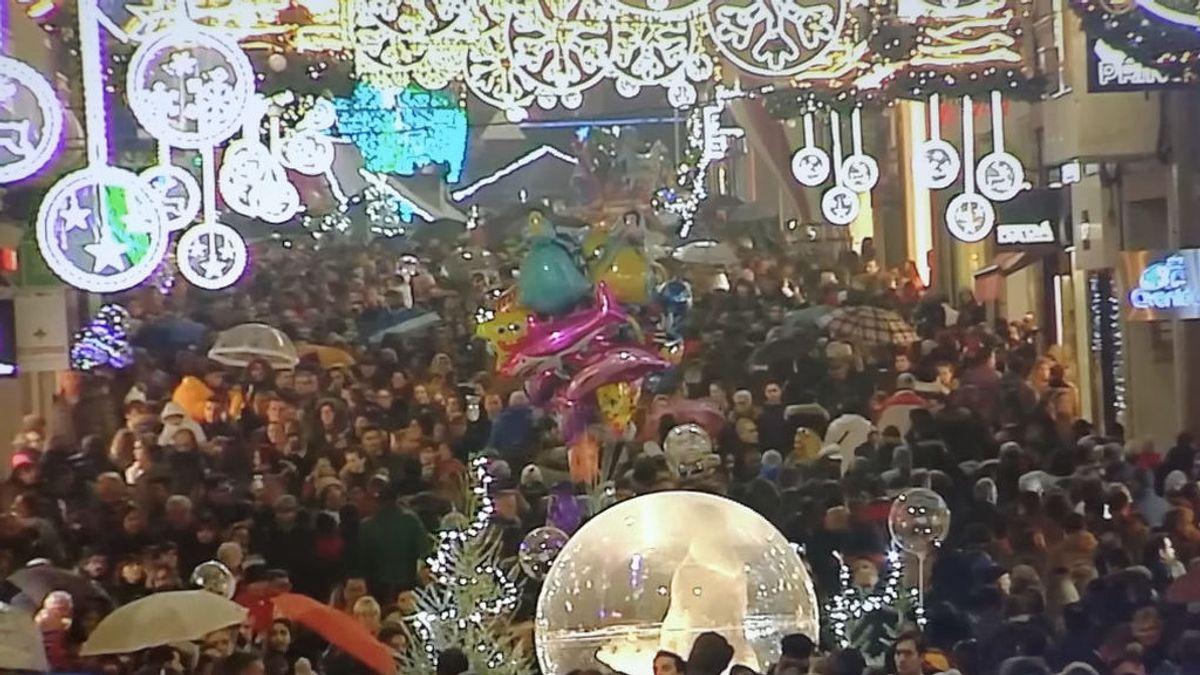 Vigo brilla más que nunca. Récord de visitantes gracias a su iluminación navideña