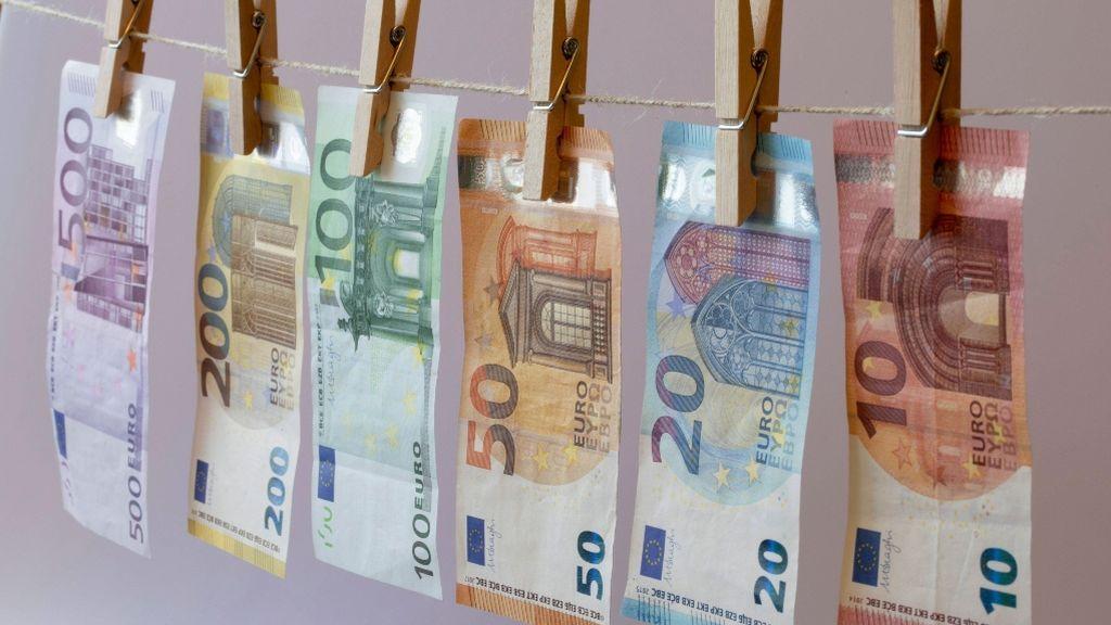 Experimento para  demostrar si el dinero da la felicidad